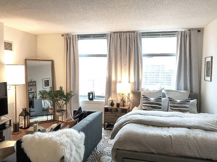 Before/After: Decorating my Chicago studio