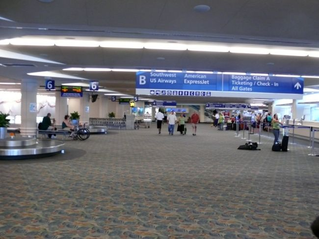 baggage claim jacksonville intl airport florida airplanes airports airlines and aviation. Black Bedroom Furniture Sets. Home Design Ideas