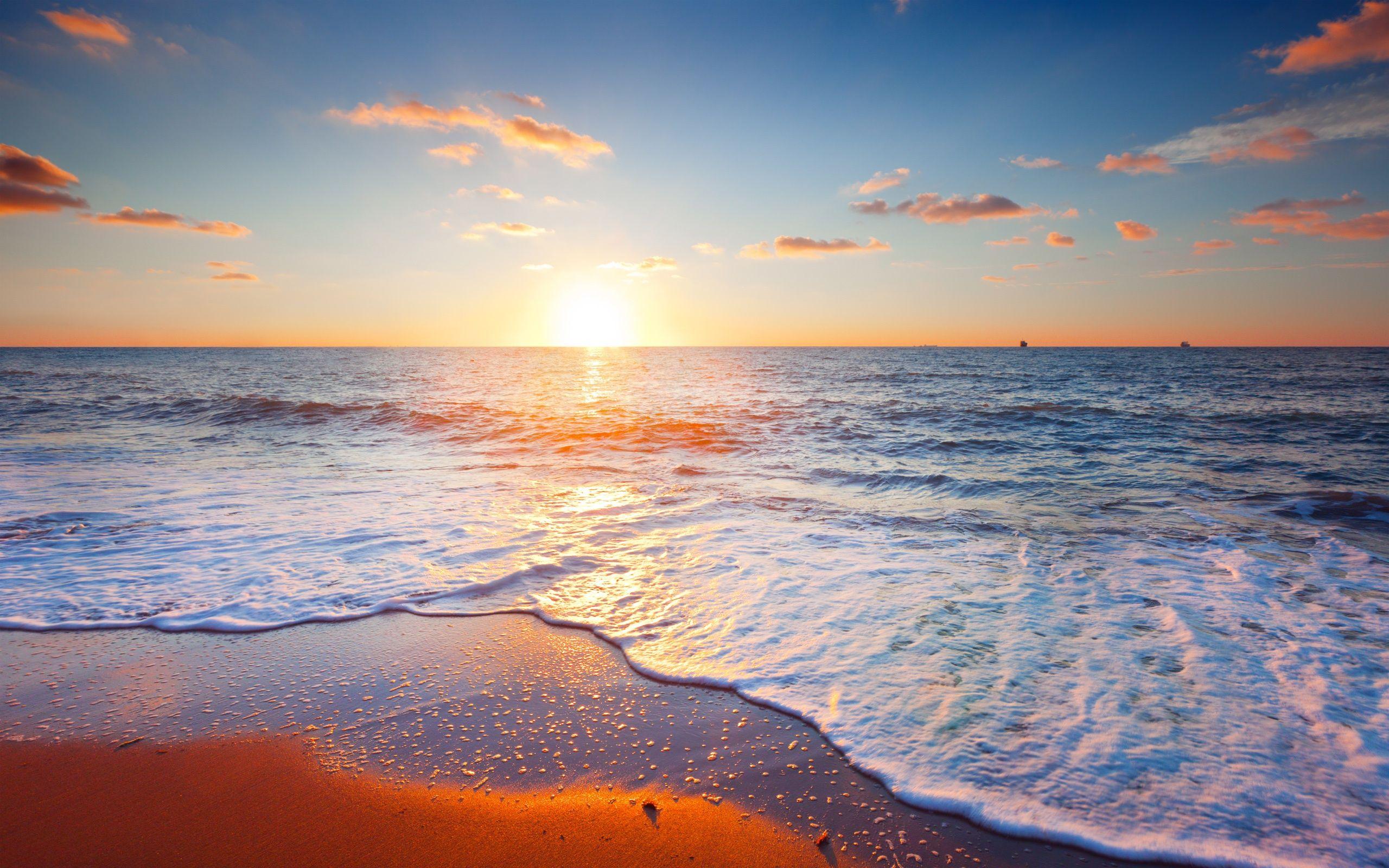 Beautiful sunset scenery, sea, sky, clouds, beach, waves