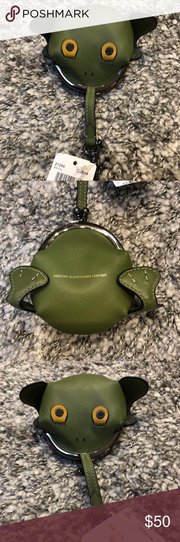 de0512c3d8de Coach Froggy Leather Coin Case NWT SIZE INFO 3 ½