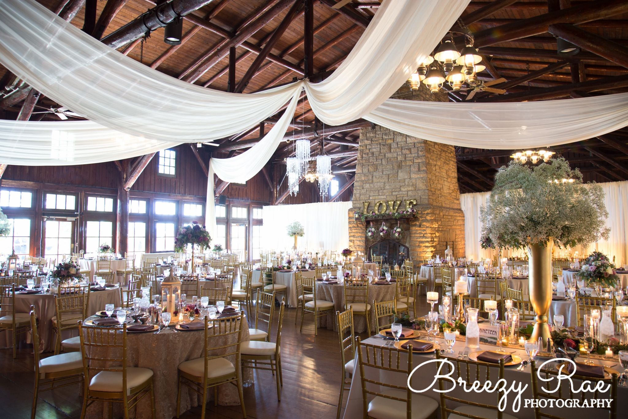 Starved Rock Lodge Wedding 5 28 16 Drape Centerpieces Wedding