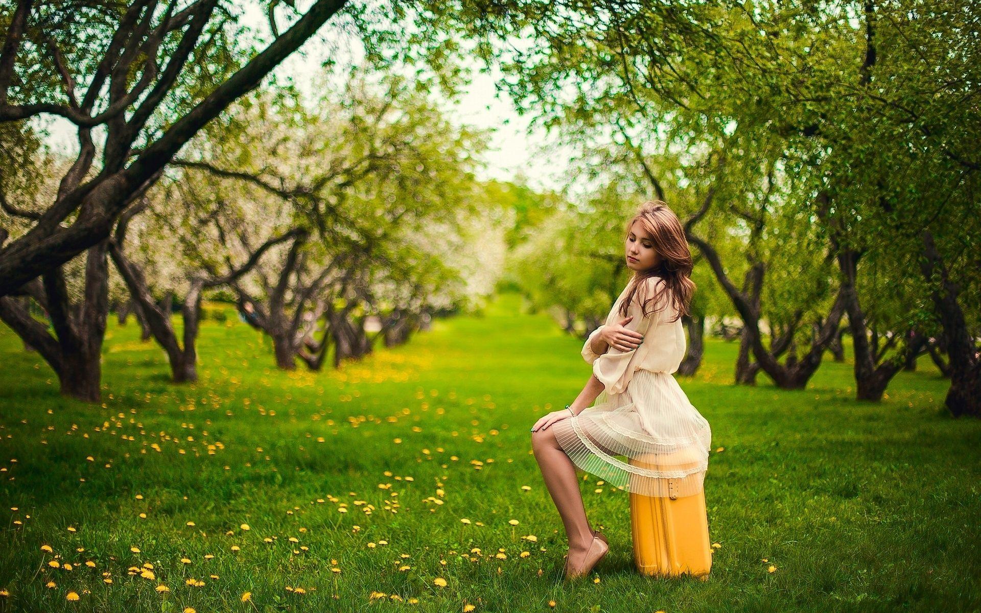 Girl Mood Garden Bag Dandelions