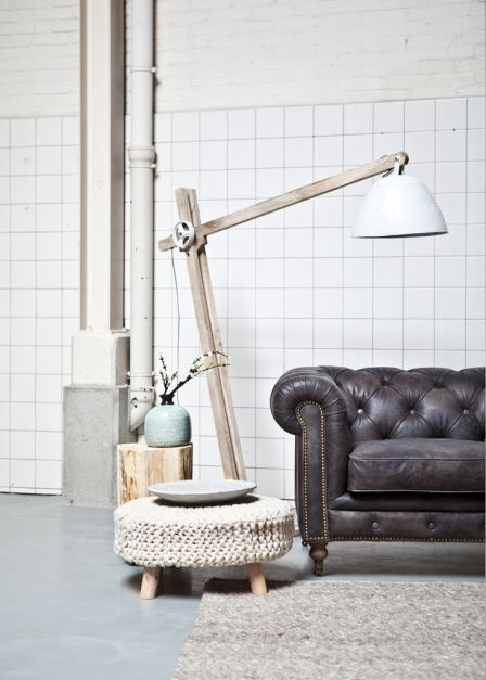 By Boo houten staande lamp met metalen kap in extra large ...