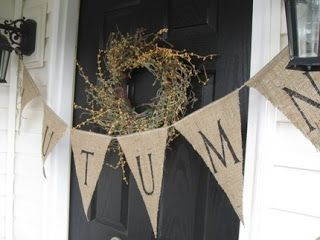 EAFCHomeLiving: Fall decorating idea for your front door!