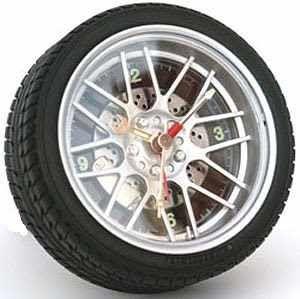 Come sostituire il sensore di pressione dei pneumatici ...
