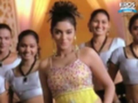 Song Ada Ennatha Solvenungo Sivakasi Is A Tamil Action Film Starring Prakash Raj The Film S Music Is Composed By Srikanth Deva Songs Action Film Sivakasi