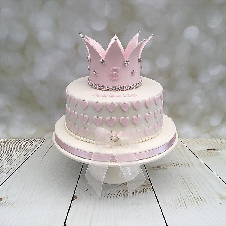 "Instagram'da Susan Street: ""Princess Birthday Cake. Happy"