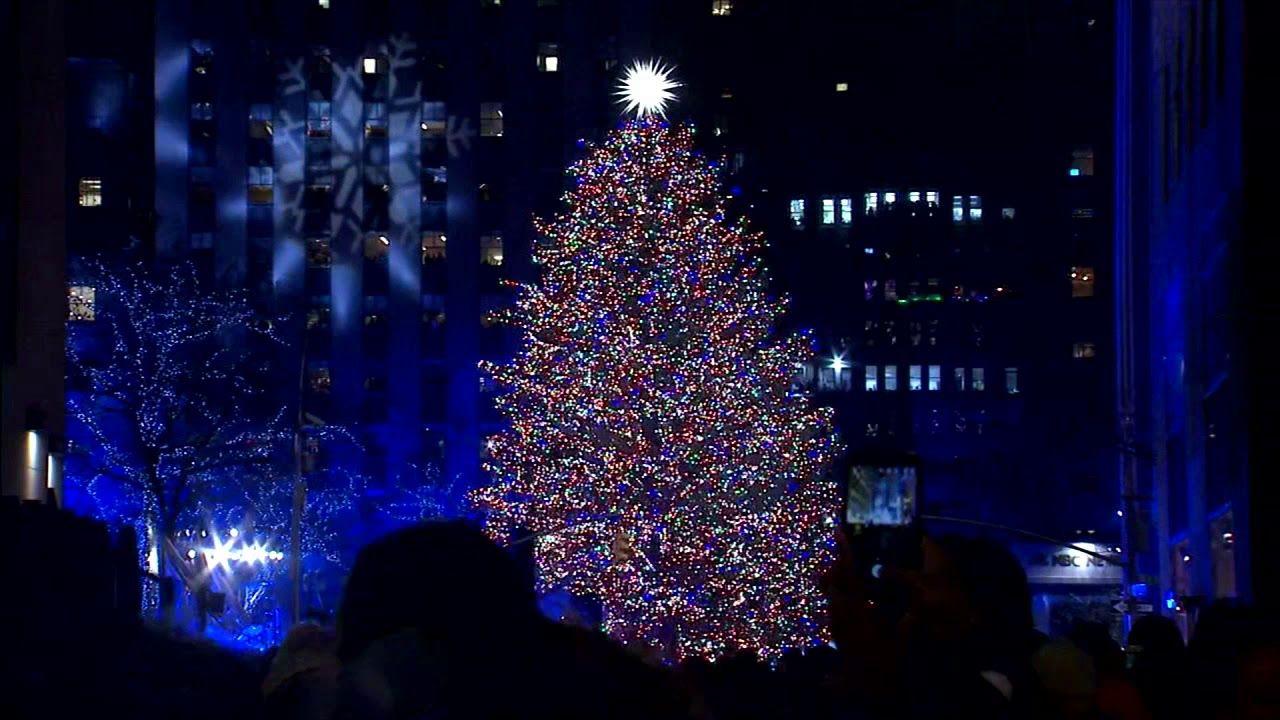 Watch the 2019 Rockefeller Center Christmas Tree Light Up