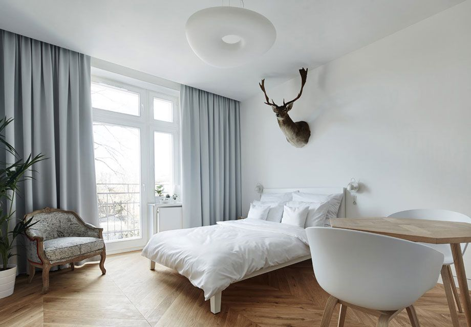 Minimalist Polish Apartment Is Female-Friendly Bachelor ...