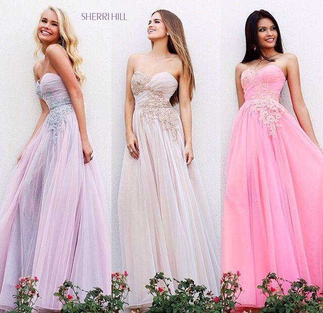 cute long dresses with flower design | ✨prom✨ | Pinterest | Long ...