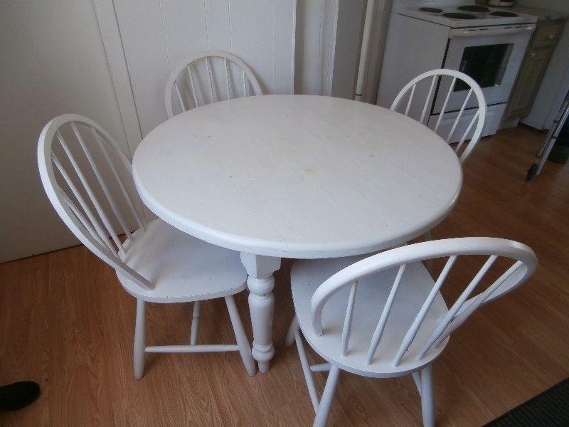 Table De Cuisine Ronde Avec 4 Chaises Peinturer Blanc Table