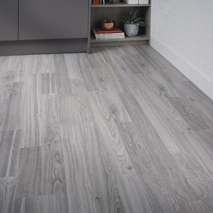 Professional Grey Oak Laminate Flooring