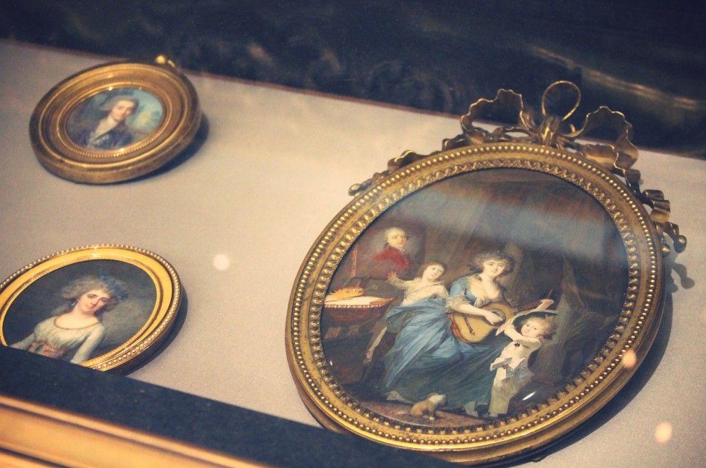Musée Cognacq JayMusee Cognacq-Jay  8 Rue Elzevir, Paris 3  Museum of decorative arts.  (CW11-1)