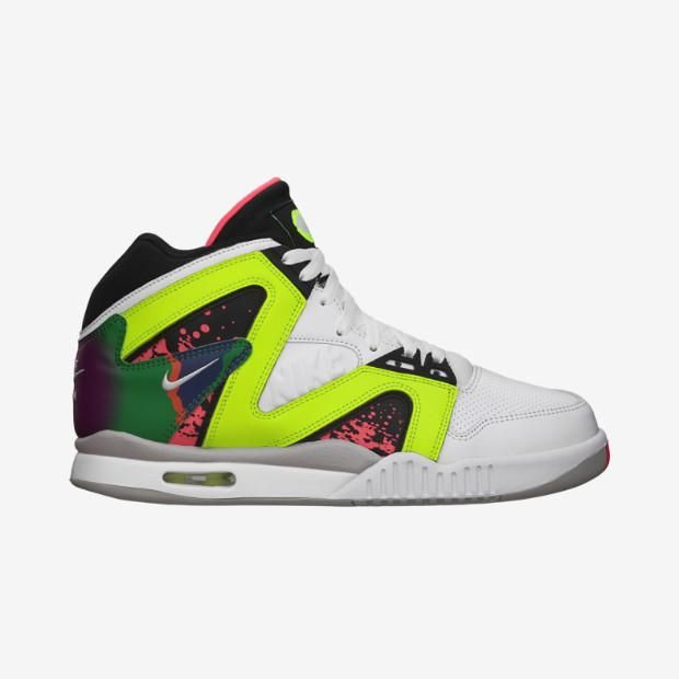 The Nike Air Tech Challenge Hybrid White/Hot Lava dropped today. Grab a pair here: http://bit.ly/1oiRt9O pic.twitter.com/7moIRH6DJE