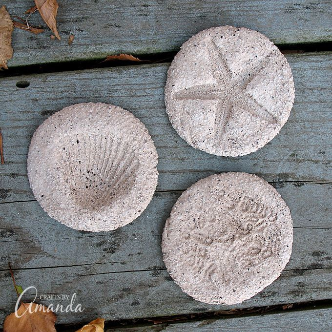Coffee ground fossils recipe craft kids craft for Painting with coffee grounds