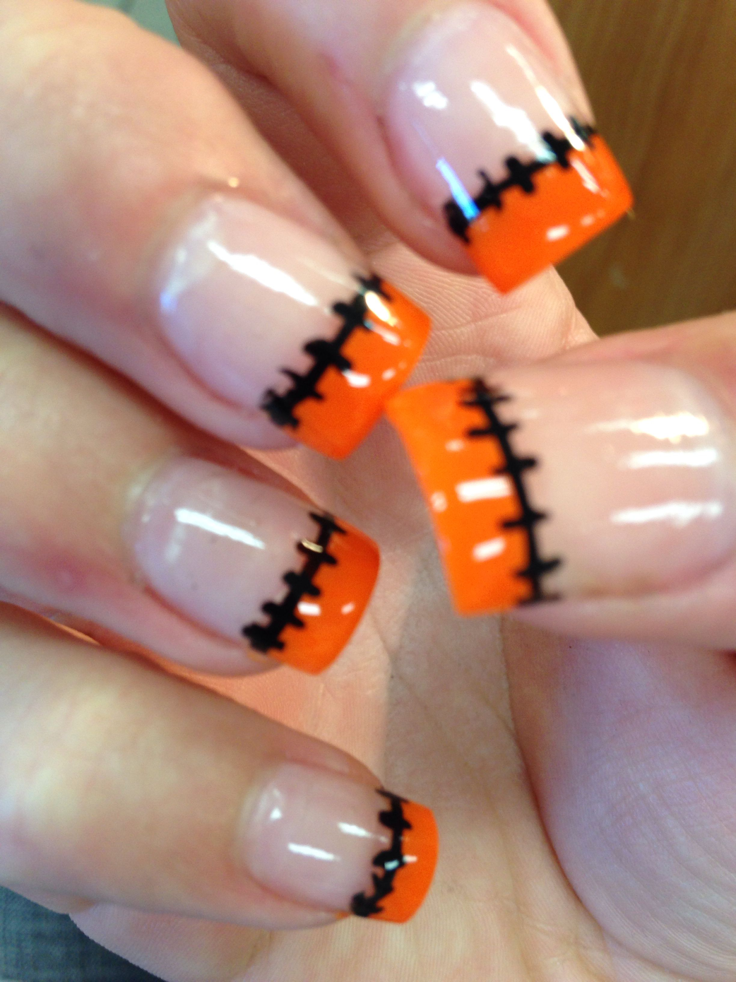 nails manicure halloween stitches