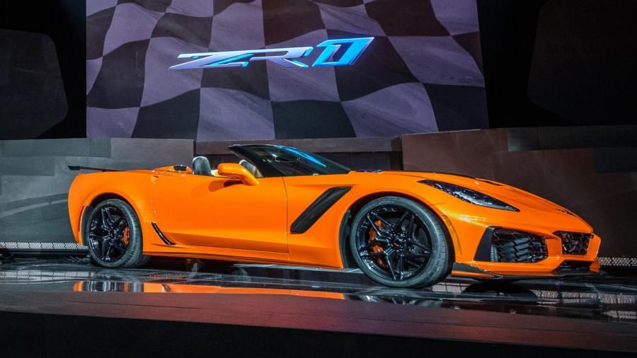 2019 Corvette ZR1 Coupe and Convertible Officially