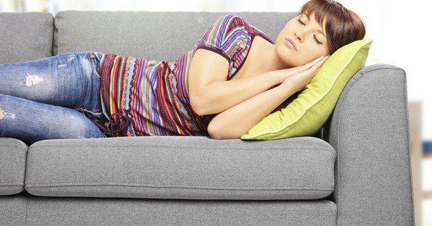 Depois do almoço é comum sentirmos uma vontade quase incontrolável de tirar uma soneca e relaxar. Sã...