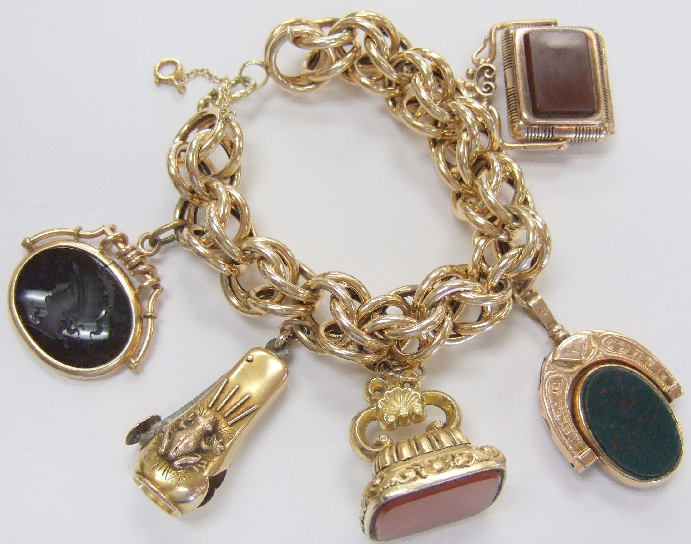 Antique14k Yellow Gold, Charm Bracelet Large Link Charm Bracelet, With 5  Assorted Charms