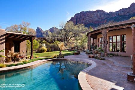 Beautiful Zion Canyon Bungalow Bungalows For Rent In Springdale Holiday Home Vacation Home Backyard Pool