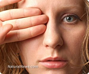 Reverse and Eliminate CATARACTS Naturally Without Surgery. Doctors will tell you that there is no cure for cataracts and that your only options are to either have surgery or treat the symptoms. The truth is that cataracts can often be reversed and even eliminated with natural treatments. http://www.naturalnews.com/039859_cataracts_natural_remedies_vision.html