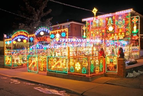 Houses With Crazy Christmas Decorations