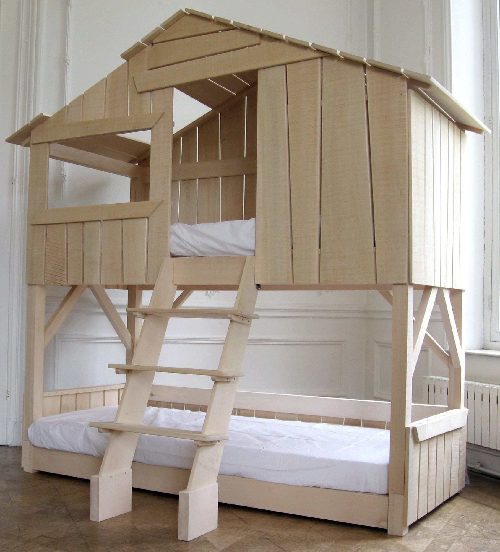 lit double superposé en bois massif demi brut vernis | kids rooms