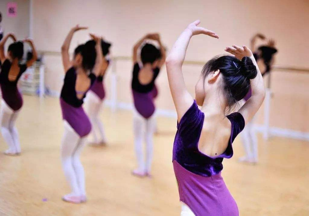 Dance; Fitness; Health; Dance Photography;Dance Photos; Weight Loss; Good Body; ... - Dance problems...