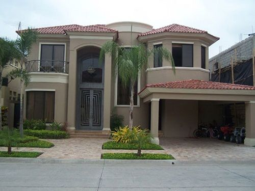 30 Disenos Construidos De Fachadas De Casas De Dos Plantas Village House Design Beautiful House Plans House Designs Exterior