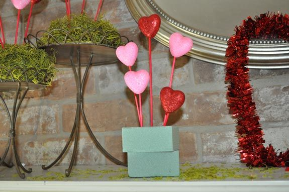 Valentine S Day Mantel Decorations Valentines Day Decor
