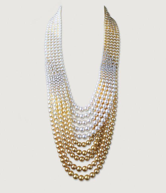 d075783c3a8 Collier Mikimoto en perles Akoya blanches et dorées et diamants