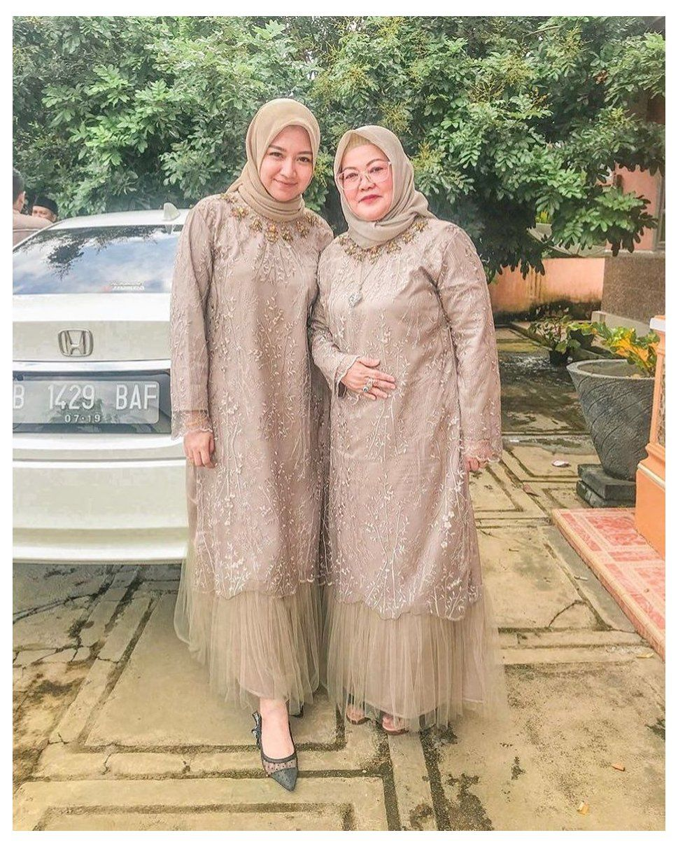 Model Baju Gaun Brokat