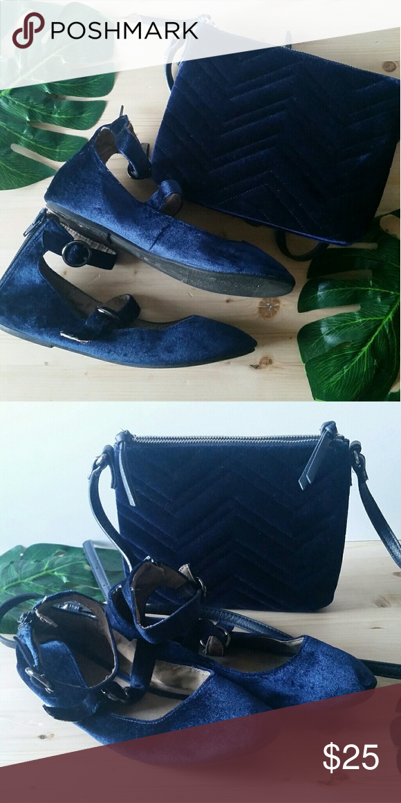 3a25aa65d1f Blue velvet flats w purse Old Navy Blue Velvet texture flats with matching  purse. Great condition. Size 7 Old Navy Shoes Flats   Loafers