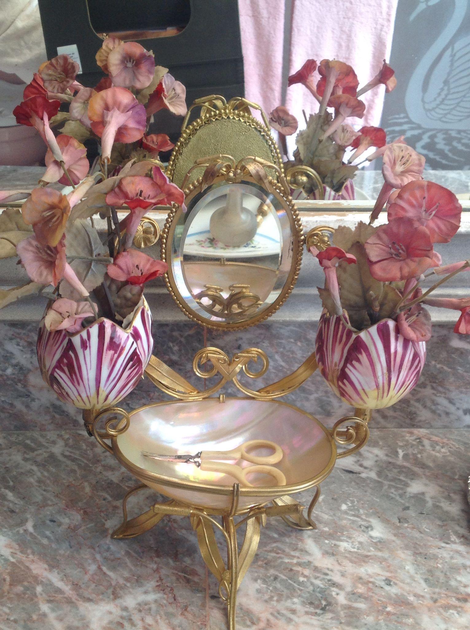 Antique Palais Royal, jewelry casket.