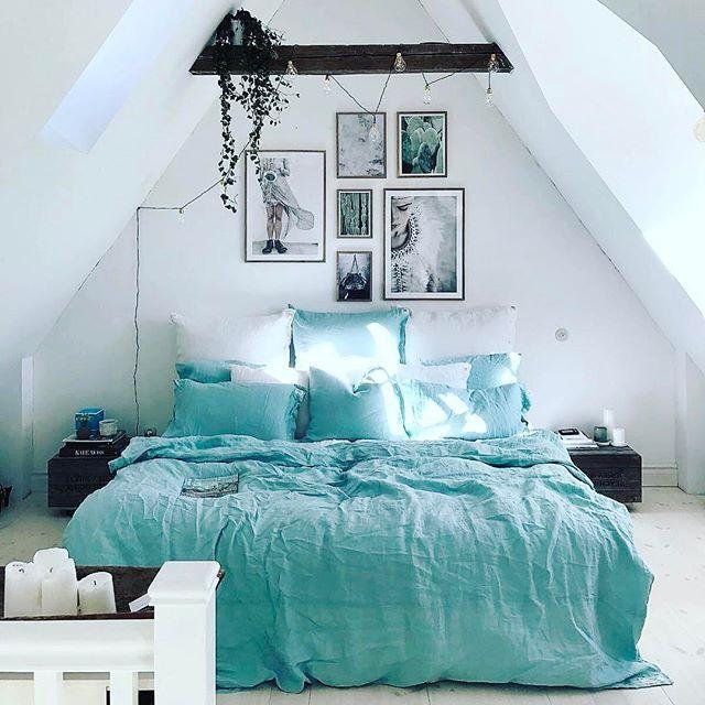 """Repost @hannasanglar """"Lovely Misty Ocean"""" #kardelen #lovelylinen #linen #ocean #bedroom"""