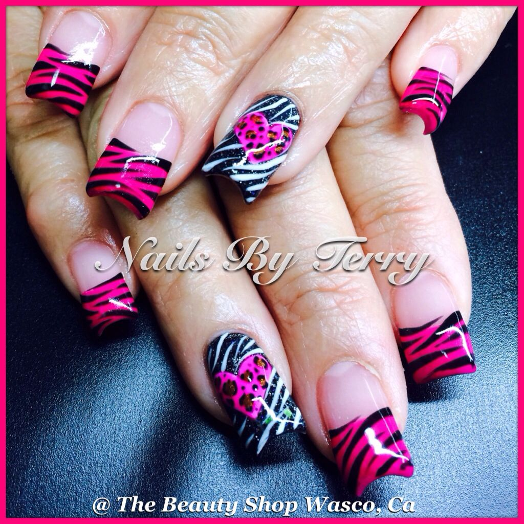 Valentine nails | Valentine/hearts nails by Terry | Pinterest | Nail ...