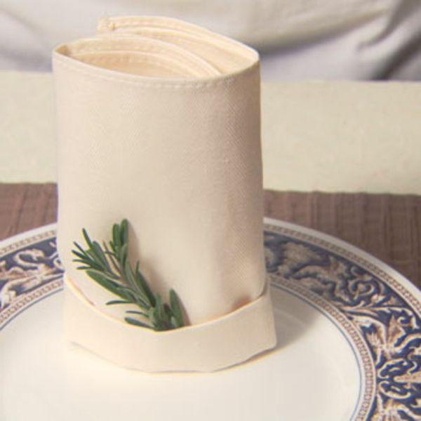 serviette falten wei e farbe tisch deko wedding pinterest wedding. Black Bedroom Furniture Sets. Home Design Ideas