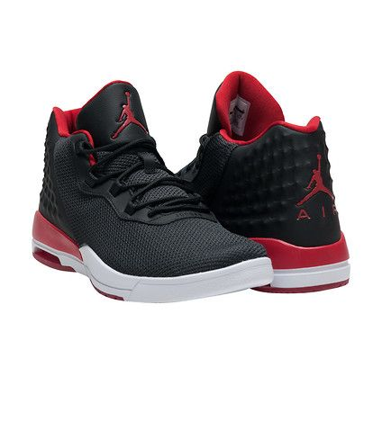 JORDAN Mid top mens sneaker Phyton with visible Air-Sole uni Lace up  closure JORDAN logo embroidere.