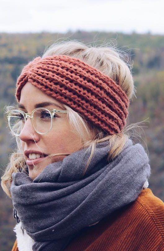 26 Easy Crochet Headband Ideas and Free Patterns 2019 - Page 6 of 26 #knitheadbandpattern