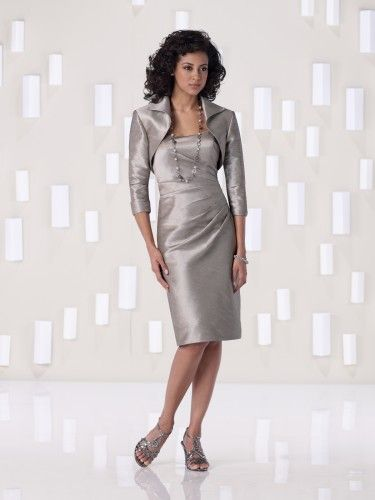 Style 2BE254 from Kathy Ireland collection