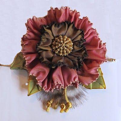 Cynthia Emerlye, Vermont artist and kirigami papercutter: Art to Wear