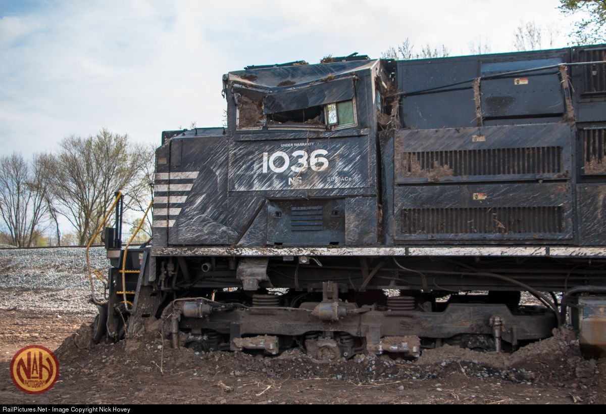 Net Photo: NS 1036 Norfolk Southern EMD SD70ACe at McVeytown, Pennsylvania  by Nick Hovey