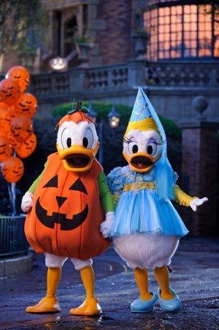 Mickey\u0027s Not-So-Scary Halloween Party at Magic Kingdom Park Mickey