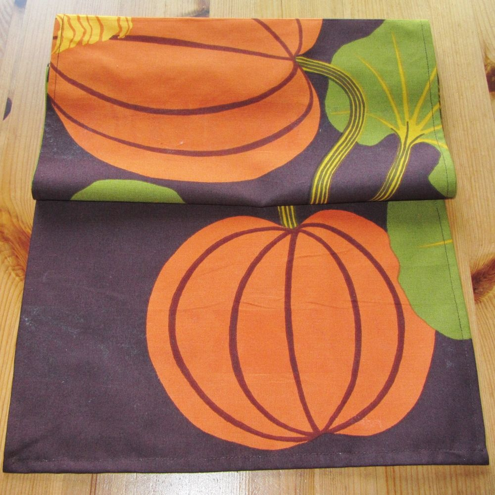 Marimekko Kumina table runner for Thanksgiving/Halloween
