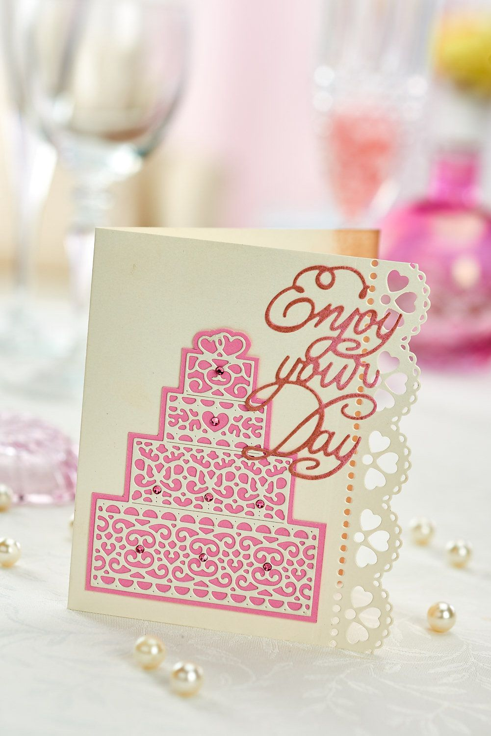 Make this wedding card using Tattered Lace dies (PaperCrafter issue ...