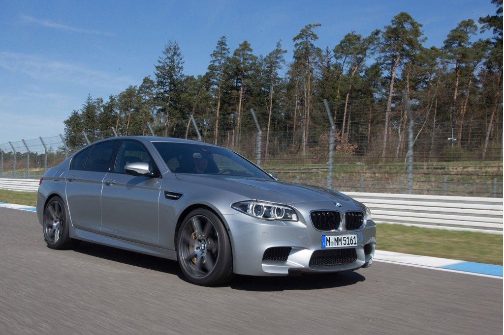 2014 Bmw M5 Debuts Now Offers 575 Hp Competition Package Bmw Bmw M5 Bmw Cars