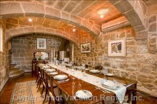 Taste the tropics in this 300-year old Mediterranean home. Has awesome formal dining area with fireplace and features vaulted ceilings! #Malta #Europe