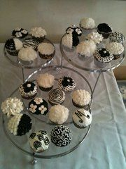 black and white cupcakes for my sisters wedding