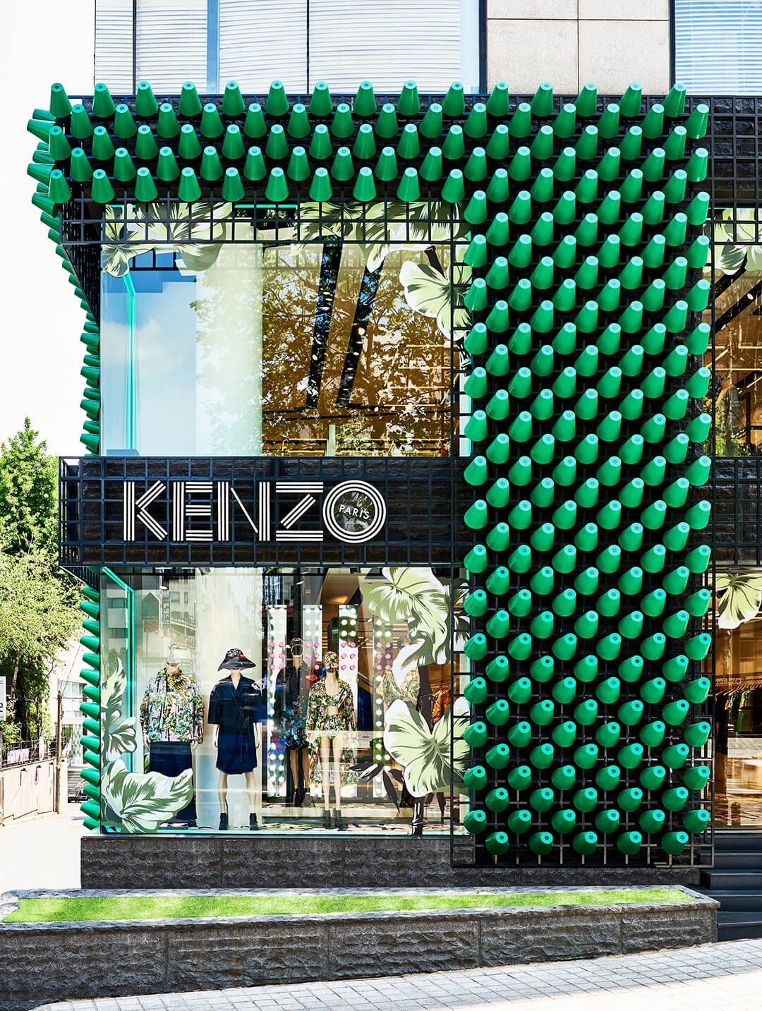 For kenzo seoul the fashion labels korean flagship architecture at larges rafael de cárdenas tailors a showstopping facade on a modular metal grid