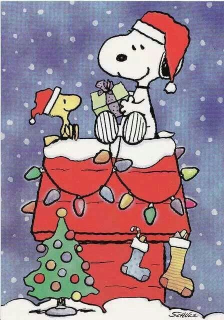 snoopy woodstock gift giving - Snoopy Christmas Gifts